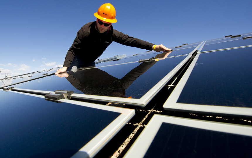 Solar panel cleaning in Croydon